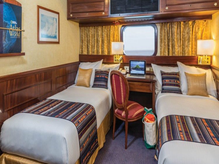 NATIONAL-GEOGRAPHIC-ISLANDER-CATEGORY-1-CABIN