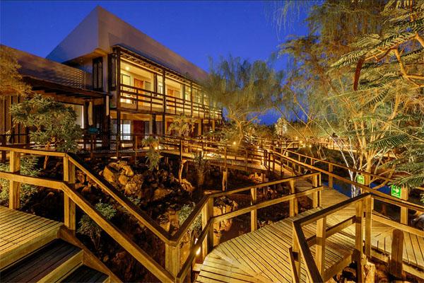 HOTEL ACCOMMODATION Finch Bay